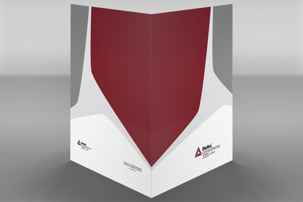 Diseño de carpeta para Delta Consultores, con motivo de su 30 aniversario.